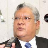 Joaquín Guzmán gestiona recursos para calles y caminos en Municipios