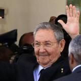 Raúl Castro exige a EUA respeto a sistema socialista