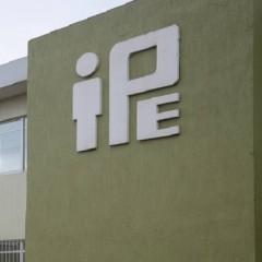 IPE: historia de saqueos y ambiciones / Neftalí Urbina Díaz