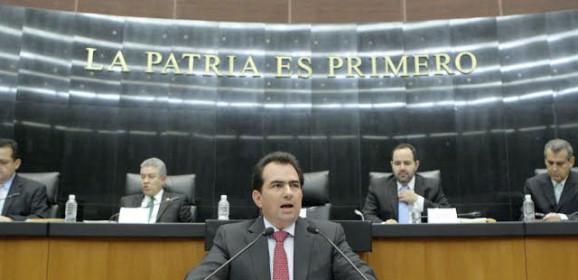 Estigmas / Carlos Morales Tapia