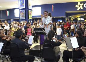 Boqueños dirigen a su Orquesta Filarmónica