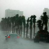 Huracán Sandra sube a categoría 3