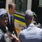 Condenan a Pistorius a 5 años; ingresa a cárcel de Pretoria