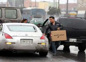 Sedesol entrega teles gratis a… ¿necesitados?