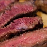 Consumir carne no es igual a cáncer, subrayan oncólogos en San Lázaro