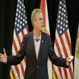 Jeb Bush se compromete a reforma migratoria si llega a Casa Blanca