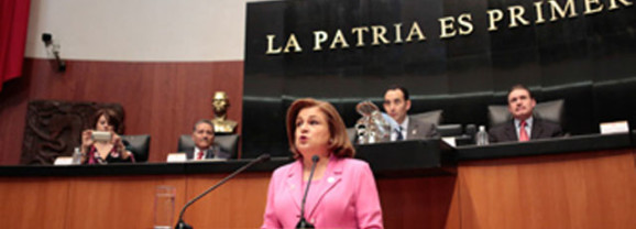 Cuestionan senadores a procuradora sobre Ayotzinapa, Tlatlaya y fuga de El Chapo Guzmán