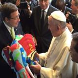 El Papa Francisco pide que acuerdo climático que se alcance en París sea solidario y justo