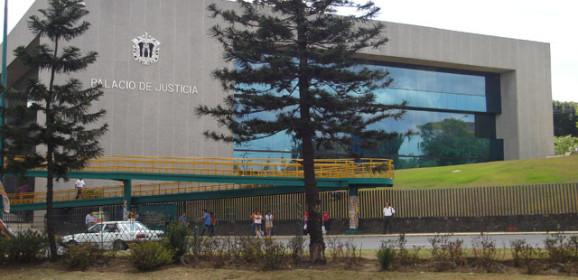 Tribunal ordena destitución del Director de CMAS Banderilla y denuncia ante la Fiscalía a los Ediles por desacato judicial