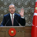 Se intensifica disputa Rusia-Turquía por avión derribado
