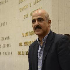 Ricardo Ahued Bardahuil; político diferente a lo usual  / Marco Antonio Figueroa Quinto