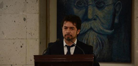 Iniciativa de Marco Antonio del Ángel, directo y a la cabeza / Neftalí Urbina Díaz