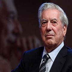 Rinden homenaje a Vargas Llosa en la FIL de Guadalajara