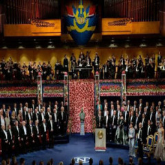 Rey de Suecia entrega Premios Nobel con la ausencia de Bob Dylan